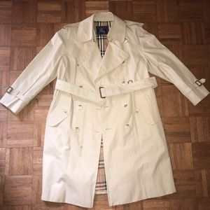*Authentic* Burberry Wesminster Trench Coat